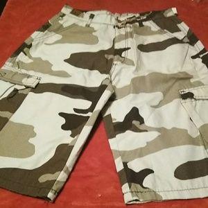 Chams camo cargo shorts